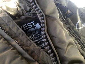 kombat vest detail